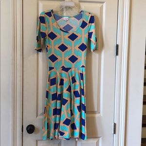 Size xs lularoe dress
